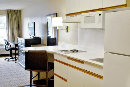Extended Stay America San Francisco Carlos Hotel