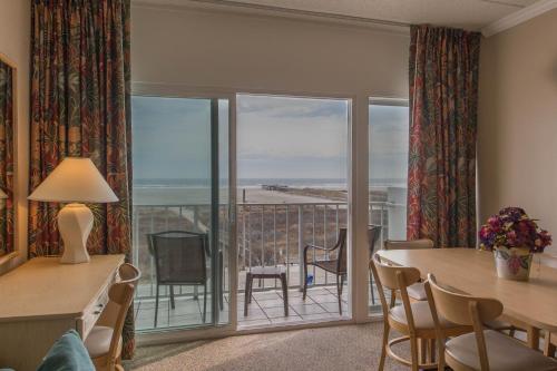 Water's Edge Ocean Resort - Wildwood Crest, NJ 08260