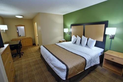 Extended Stay America - Atlanta - Cumberland Mall - Smyrna, GA 30080