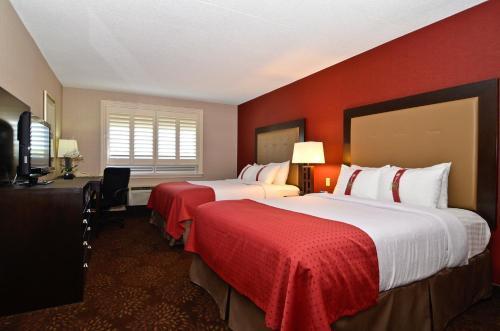 Holiday Inn Hotel & Suites St.Catharines-Niagara Photo