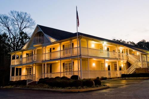 Plantation Oaks Hotel Millington