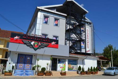 Casino & Hotel Bonanza