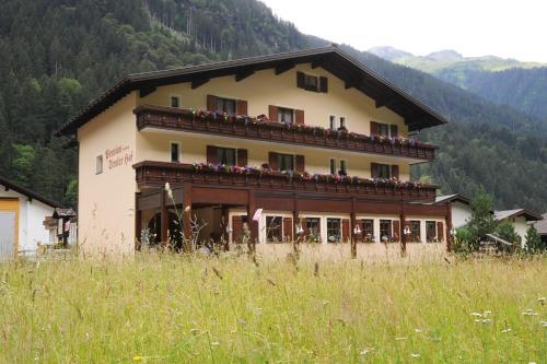 Wohlfühlpension Tirolerhof