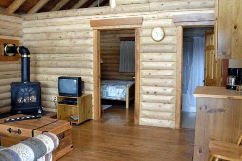 Birch Meadows Lodge B&b - Fernie, BC V0B 1M1