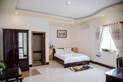 Ba That Hotel Photo