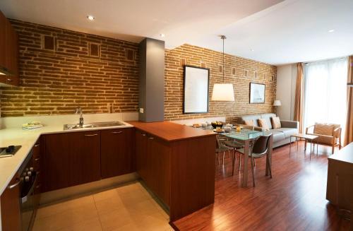 Serennia Cest Apartamentos Arc de Triomf photo 28