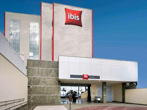 Ibis Vitoria Praia de Camburi Photo