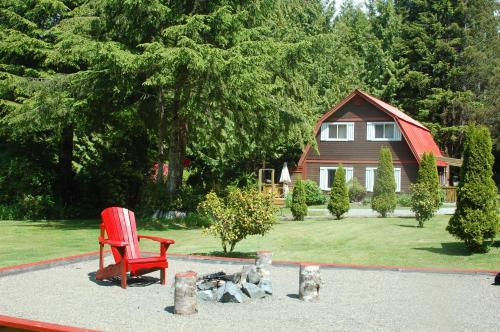 The Outside Inn - Ucluelet, BC V0R 3A0