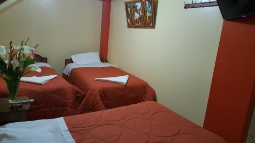 Hostal Urpi Photo