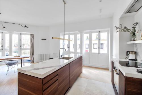 Rue du Louvre - Luxury apartment photo 9