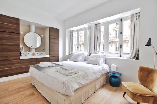 Rue du Louvre - Luxury apartment photo 21