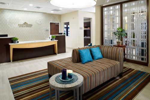 Hawthorn Suites by Wyndham Triadelphia Wheeling Area Photo