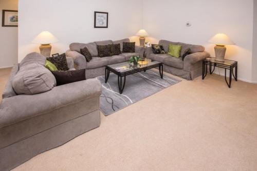 John's Hampton Lakes Villa - Three Bedroom Home - Davenport, FL 33897