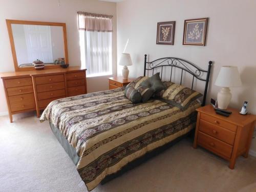 Jayne's Fiesta Key Townhome - Three Bedroom Home - Kissimmee, FL 34746