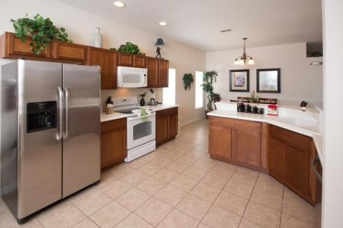 Royal West Haven Villa - Four Bedroom Home - Davenport, FL 33896