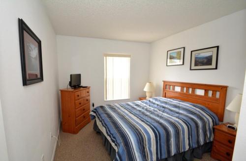 Bill's Lake Berkley Townhouse - Three Bedroom Home - Kissimmee, FL 34746