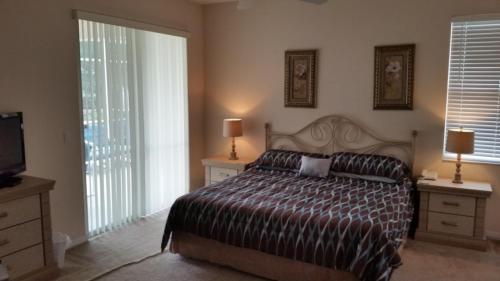Julie's Highlands Reserve Villa - Four Bedroom Home - Davenport, FL 33837