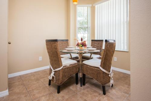 Maingated Fiesta Key Townhome Three Bedroom Home - Kissimmee, FL 34747