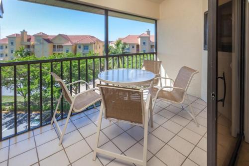 Santa Maria Harbour Resort - Three Bedroom Condominium 417