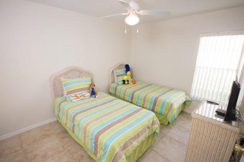 Robert's Rolling Hills Villa - Four Bedroom Home - Kissimmee, FL 34747