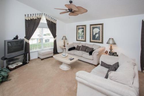 Cristine's Seasons Villa - Four Bedroom Home - Kissimmee, FL 34746