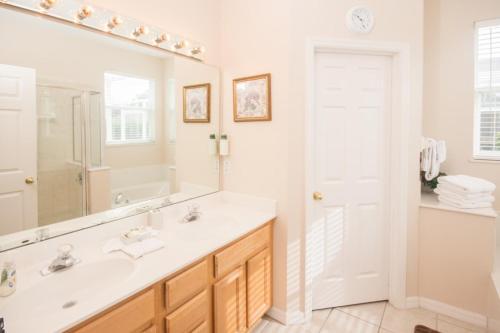 John's Highlands Reserve Villa - Four Bedroom Home - Davenport, FL 33837