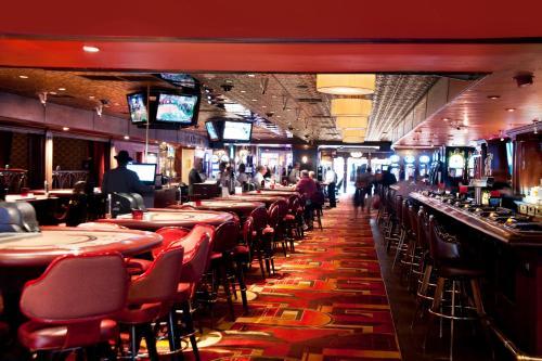 Golden Gate Casino Hotel photo 8