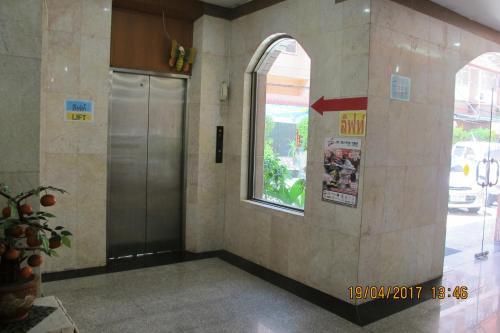 Ayutthaya Thenee Hotel photo 37
