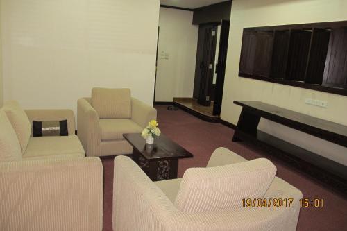 Ayutthaya Thenee Hotel photo 40