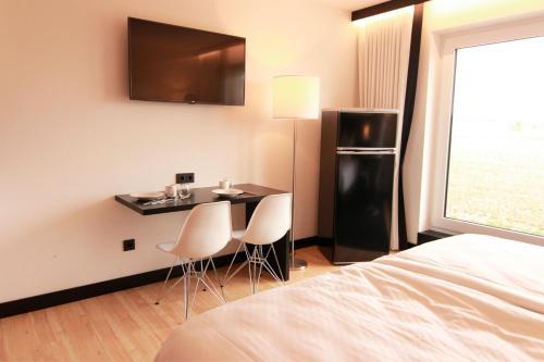 LH Hotel
