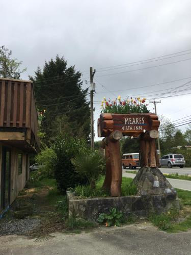 Meares Vista Inn - Tofino, BC V0R 2Z0