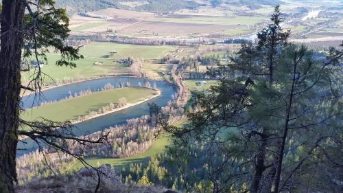 Tin Poppy Retreat - Salmon Arm, BC V0E 2K0