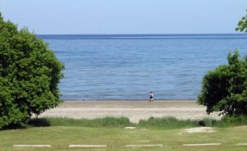 Inn On The Beach - Wasaga Beach, ON L9Z 2G9