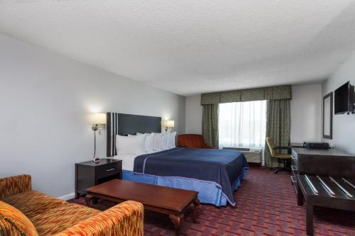 Travelodge Orlando Near Florida Mall photo 4