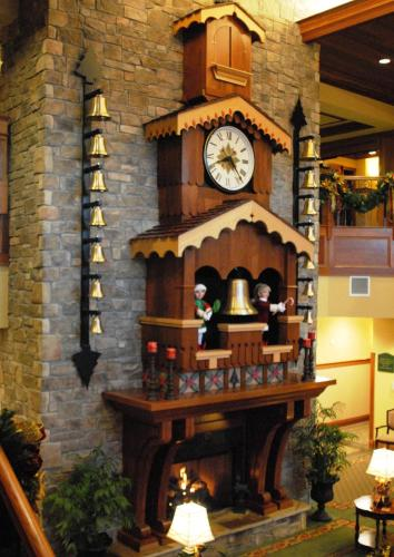 the inn at christmas place hotel pigeon forge