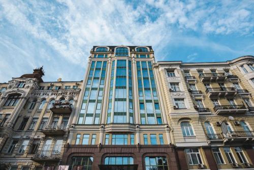 34A, B.Khmelnytskogo Street, Kiev 01030, Ukraine.