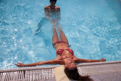 Kareena kapoor nude pic