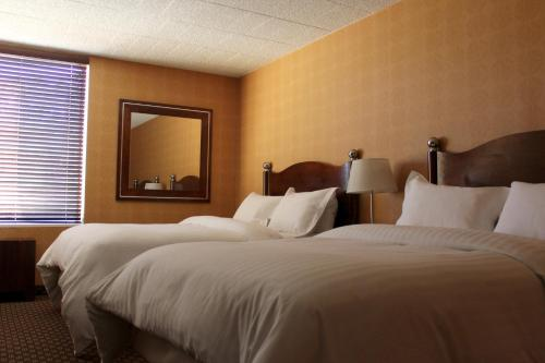 The Woodlands Inn, an Ascend Hotel Collection Member Photo