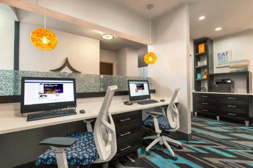 Hampton Inn & Suites Herndon-Reston in Herndon