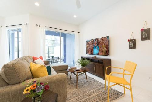 Festival Of Wonder - Five Bedroom Condominium - Davenport, FL 33896