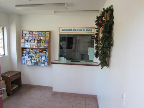 Welcome Inn & Suites Anaheim Photo