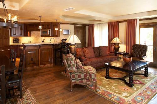 Hyatt Residence Club Aspen - Aspen, CO 81611