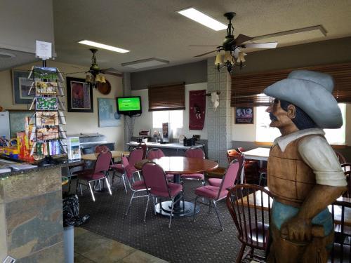 Cortez Mesa Verde Inn - Cortez, CO 81321