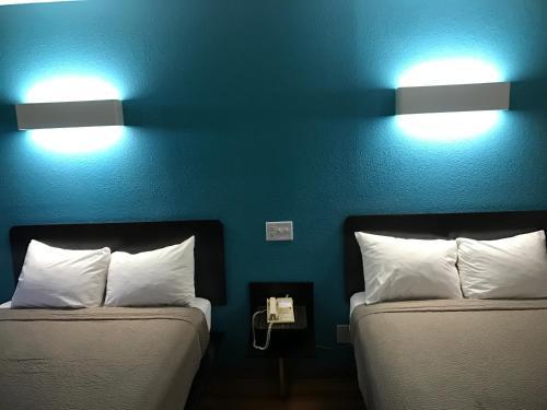 Motel 6 Raleigh - North Photo