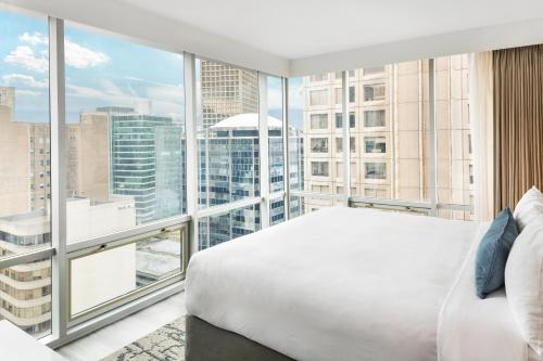 Delta Hotels By Marriott Vancouver Downtown Suites - Vancouver, BC V6B 1L6