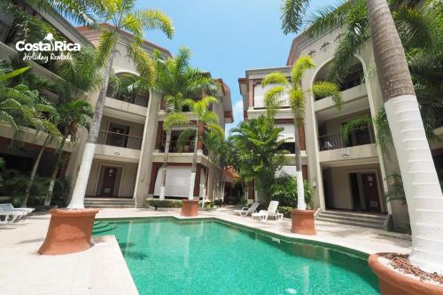 Luxury pool view beach access - M16 Photo