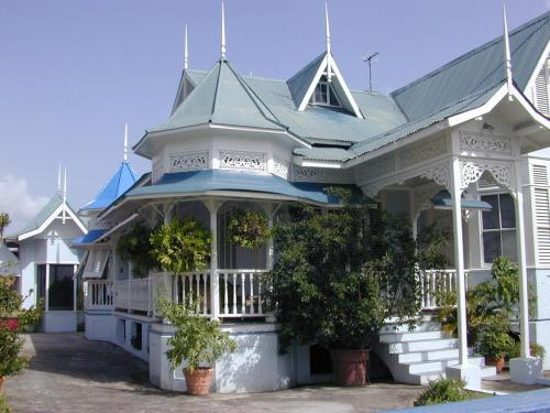 Trinidad Gingerbread House