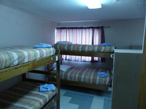 Bent Prop Inn & Hostel of Alaska - Downtown Photo
