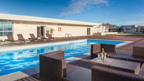 Lagoon Beach Hotel & Spa