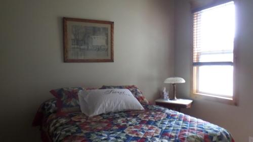 Summer Dreams 3-yellow Room - Jacksonville, AL 36265